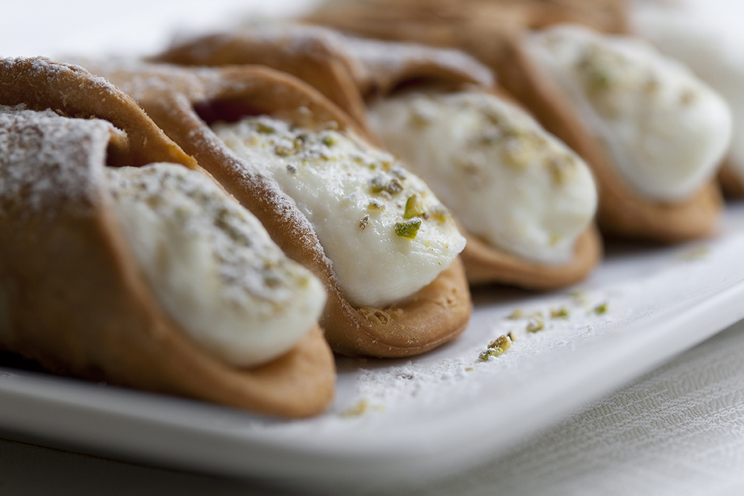 capi-to-spada-reale-cannoli